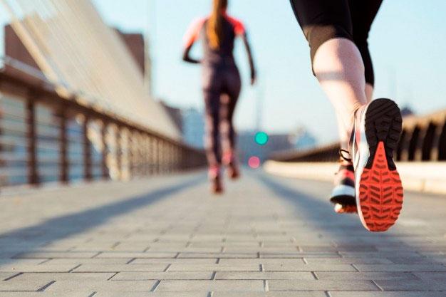 Lesiones más habituales al correr: cuáles son y cómo prevenirlas